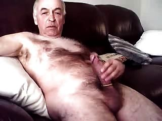 Daddy Jerking