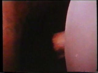 Ring Of Pleasure (1975)
