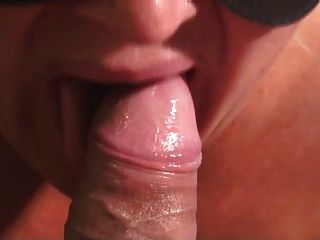 Sensual Blowjob Close Up