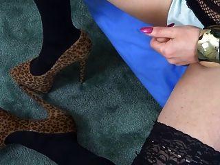 Nikki Nicole Relaxes