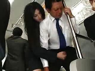 Encoxcando touch bus 3 flashing mi cabeza en su mano en bus - 5 3