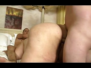 Whale-bbw Have A Threesome