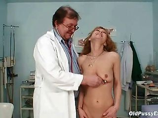 Fakehospital smart mature sexy milf has a sex confession 2