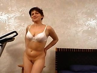 Moms Casting - Alena (36 Years Old)
