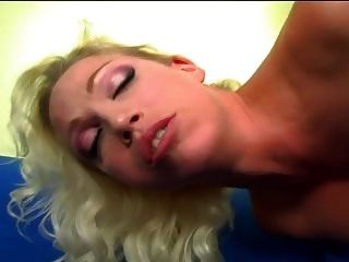 Hot Nikki Hunter Anal Squirt