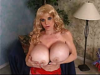 Deena Duos Is Having Fun With A Dildo
