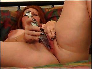 Bbw Redheat  Girl Masturbates On Bed