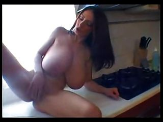 Big Huge Natural Tits Boobs Mastubation