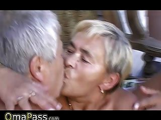 Two Grandpas Fucking Bbw Granny In Her Hairy Pussy And Mouth