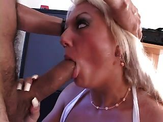 Juan And Lady Victoria Fuck And Eat Ass