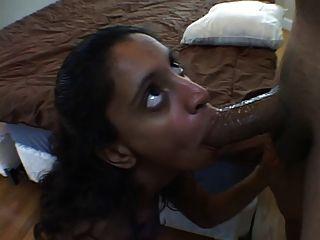 Amateur Jessie Sucking A Big Hard Cock