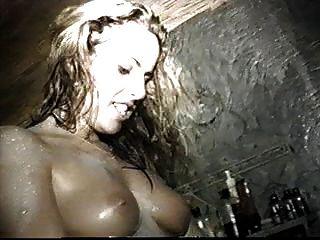 Lesbian Hot Tub