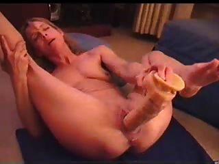 Fucking Her Big Fat Dildo !
