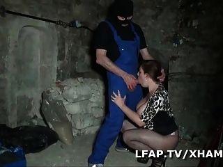 Bbw Libertine Francaise Defoncee Dans Une Cave