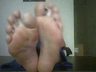 Big Sexy Feet Posing