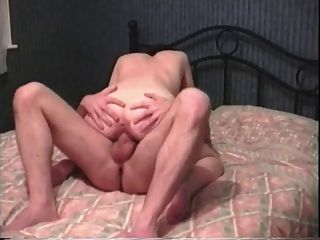 Milf Getting Pounded By A Large Cock And Getting An Orgasm