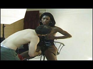 Sexy Ebony Tran