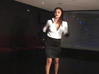 Diosa Executive Whip Mistress
