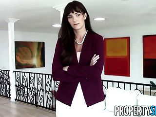 Propertysex - Milf Realtor Fucks Pervert For Money