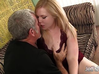 Blonde Plumper Ilena Kuryakin Rides On A Fat Cock