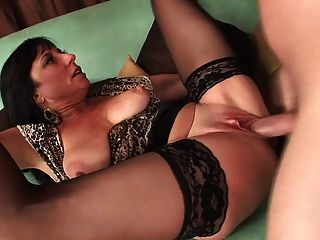 Sexy Mature In Stockings Fucks Really Good (top Mature)