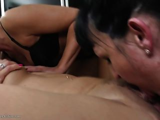 Granny Mom And Not Her Daughter Fuck Each Other