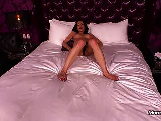 Hot Cougar Gets Railed And Takes A Messy Cumshot