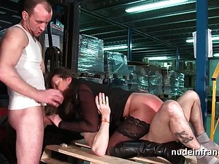 Amateur Squirting Mom Hard Dp And Facialized In Threeway