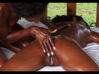 Lesbian Massage S2 (ebony)