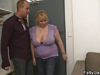 Blonde Plumper Brings Him Home And Fucks
