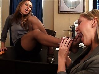Nikki And Taylor Raz Pantyhose Foot Worship