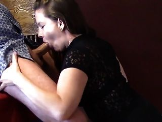 Pretty Amateur Cocksucker Catching Cum With Her Face
