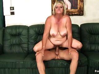2 blondies ficken um ihre freiheit - 3 10
