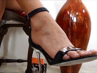 Goddess Puts You In Chastity