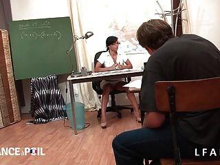 La Prof Chopee Par Ses Eleves