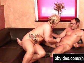 Tattooed German Bbw Gets Fucked