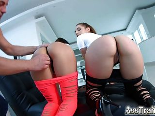Ass Traffic Ass To Mouth For 2 Fun Loving Chicks