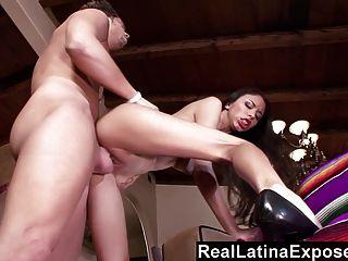 Reallatinaexposed - Perfect Latina Titties Bouncing