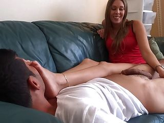 Handjob While Sniffing Her Soles