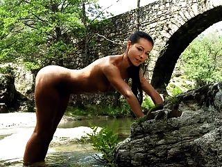 Beautiful Nature - Melisa Mendiny