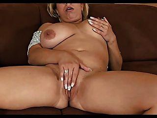 Jk Mature Lady 102