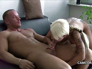 German Amateur Star Sexy Cora Fucks With User
