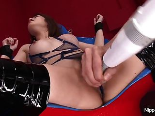 Asian Babe Gets Toys In Her Pussy & Cum On Her Face