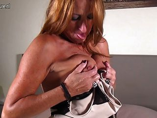 Kinky Old Granny With Hungry Old Cunt