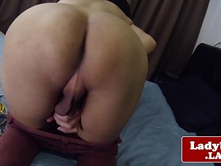 Ball asian tgirl jerking while rubbing her ass these sont gobblin