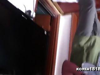 Korea1818.com - Gorgeous Korean Girl Gives Fan Massage