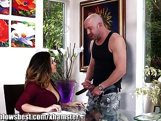 Mommybb Busty Mommy Online Placing A Dirty A Ad On Kraig!