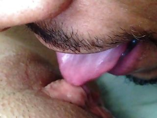 Eating That Pretty Pussy Cream