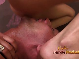 Nude Mistress Tightly Smothers Guys Face Into Her Pussy
