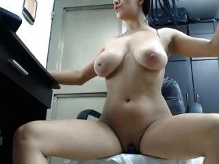 Jiggling Boobs On Webcam